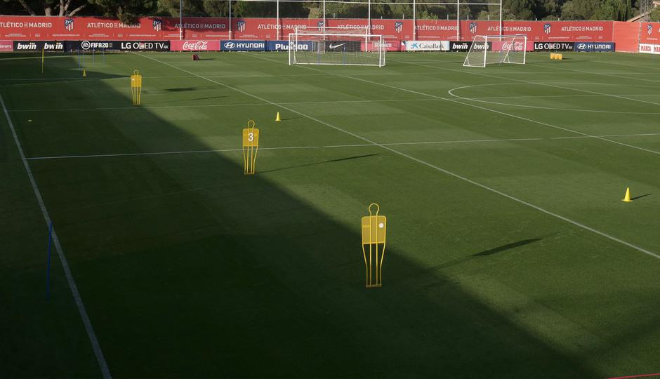 Temp. 19/20. Ciudad Deportiva Wanda Majadahonda. Preparación campos entrenamiento tras COVID-19