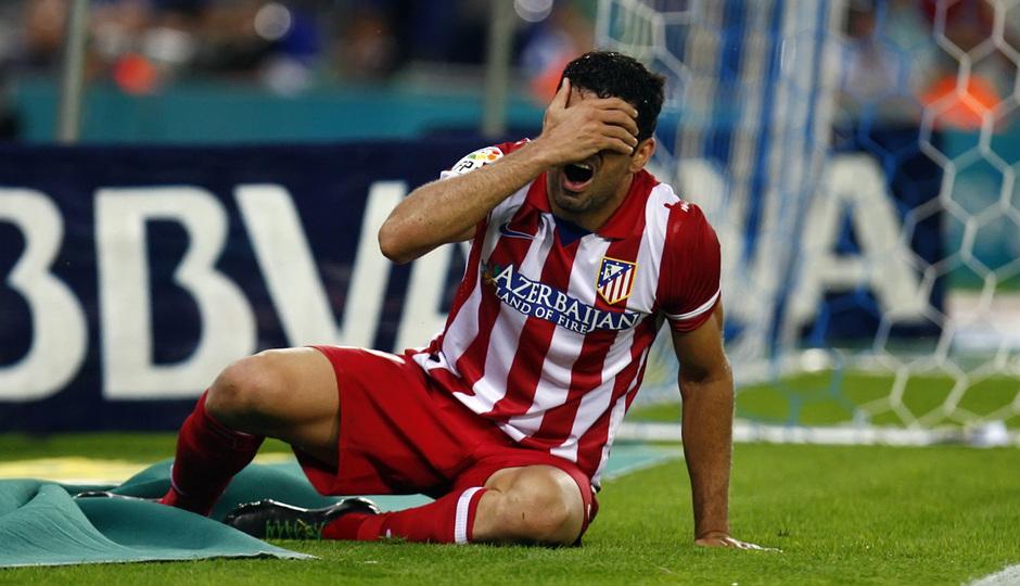 Diego Costa se lamenta tras fallar una ocasión de gol