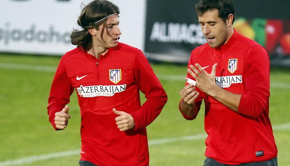 Temporada 13/14. Entrenamiento. Equipo entrenando en Majadahonda.Filipe y Aranzubia durante el entrenamiento