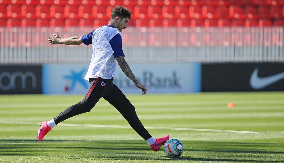 Temp. 19-20 | Entrenamiento en la Ciudad Deportiva Wanda de Majadahonda | Vrsaljko