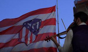 Temp 19/20   Atlético de Madrid - Valladolid   Homenaje víctimas Covid-19   Violinista