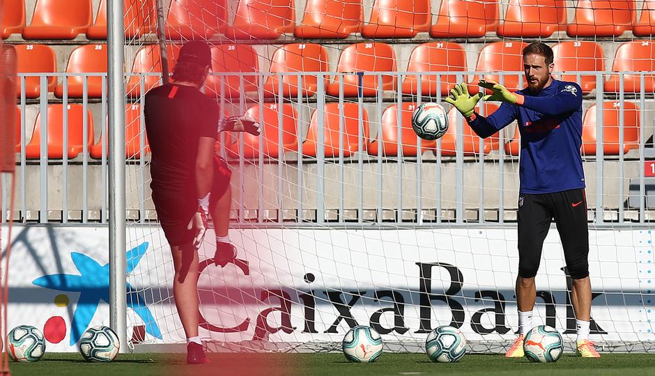 Temp. 19-20 | Entrenamiento en la Ciudad Deportiva Wanda de Majadahonda | Oblak