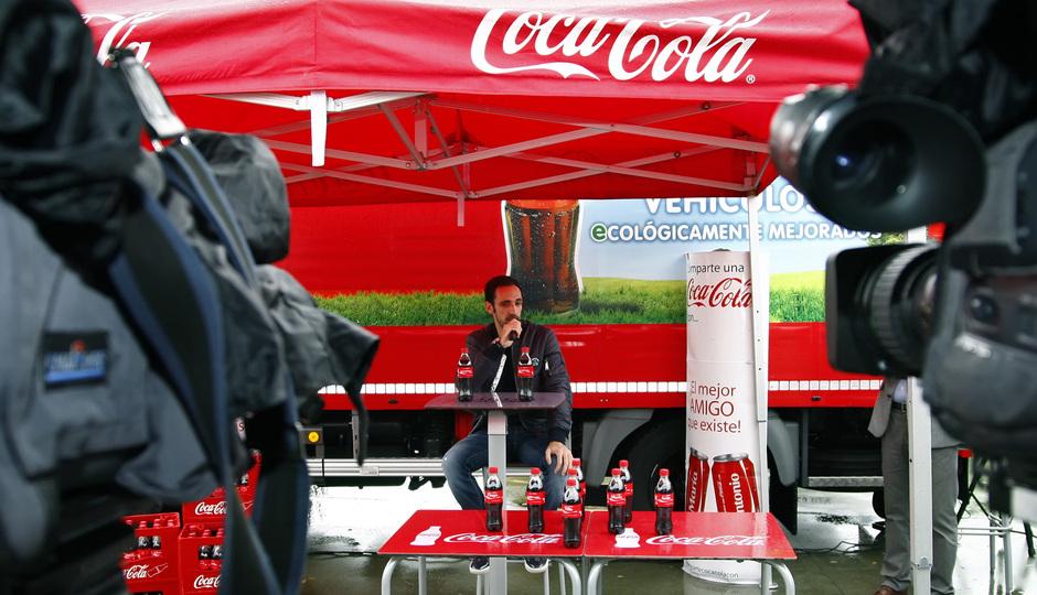 Temporada 13/14. Acto Cocacola. Juanfran hablando durante el acto