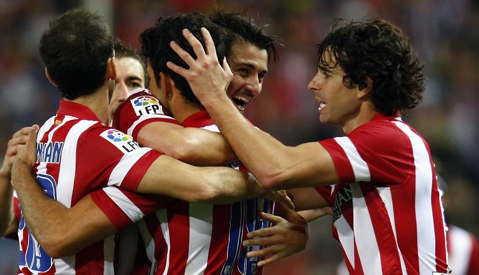 Temporada 13/14. Partido Atlético de Madrid-Betis. Tiago y Villa celebrado el gol