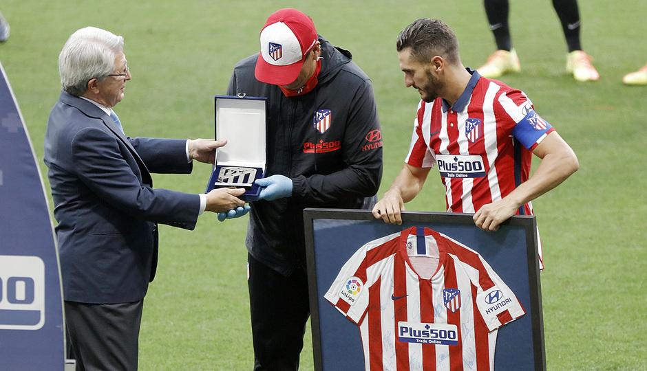 Temp. 19/20. Atlético de Madrid-Real Sociedad. Homenaje Germán Burgos.