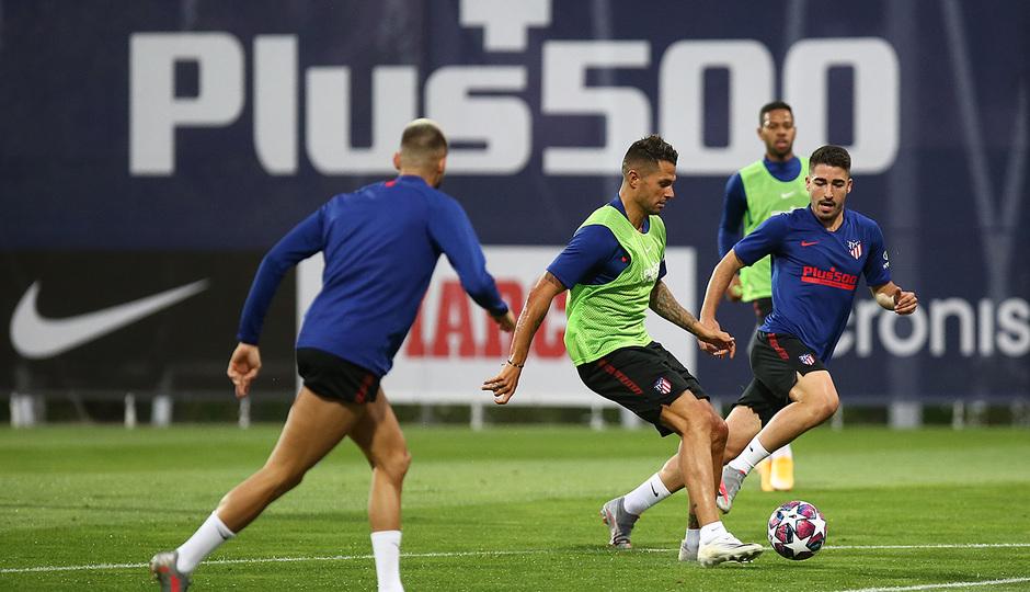 Temporada 19/20 | Champions League | Vitolo