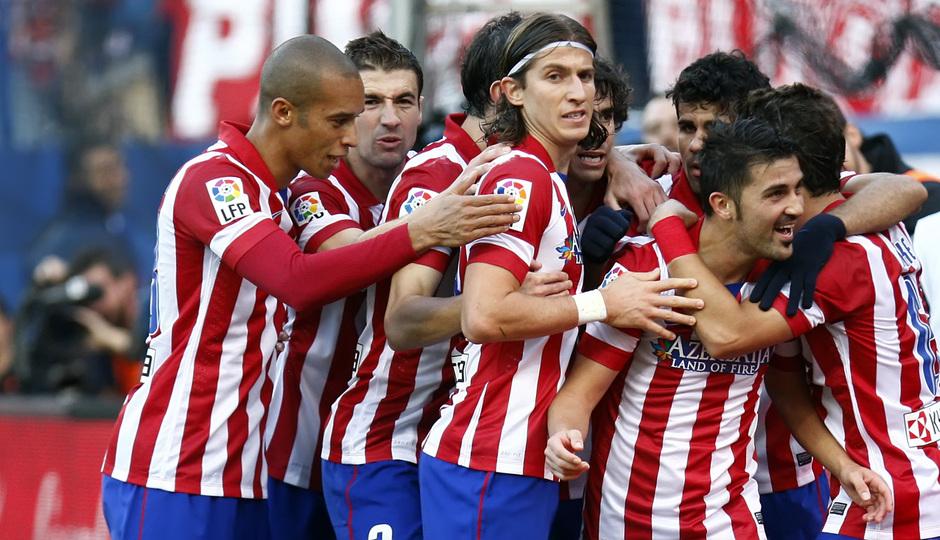 Temporada 2013/ 2014. Atlético de Madrid - Athletic. El equipo celebra el gol de David Villa.