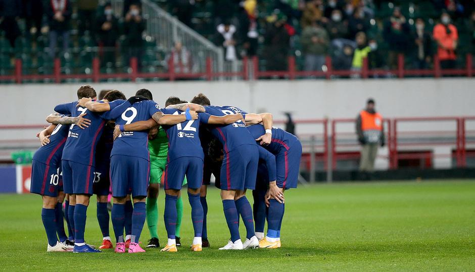 Temp. 2020-21   Lokomotiv - Atlético de Madrid   Piña grupo conjura