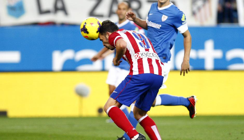Temporada 20132-2014. Partido Atlético de Madrid- Bilbao, Villa rematando de cabeza