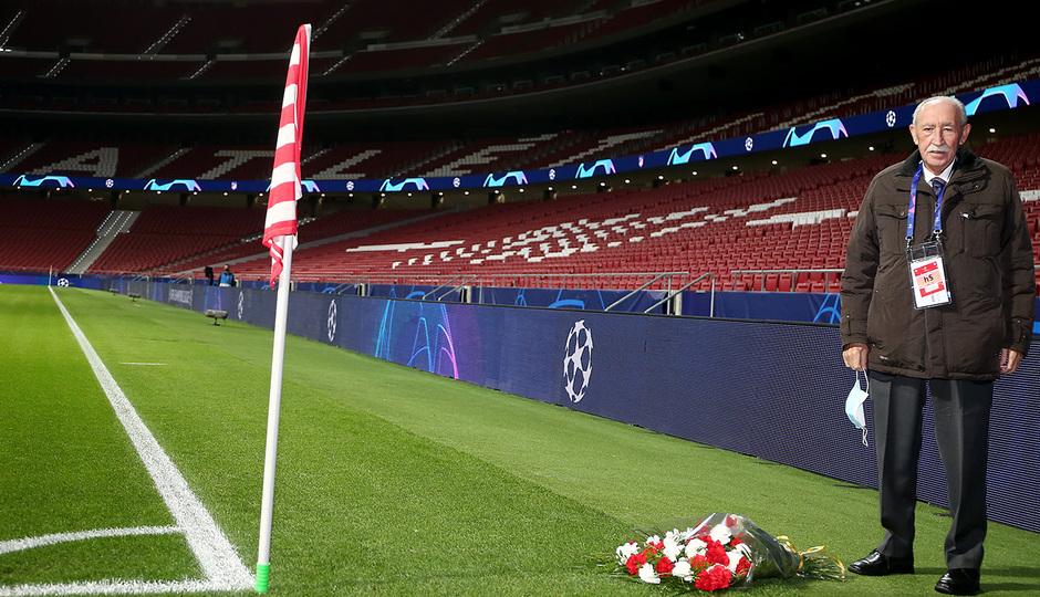Temp. 20-21 | Atlético de Madrid - Lokomotiv | Ramo de flores