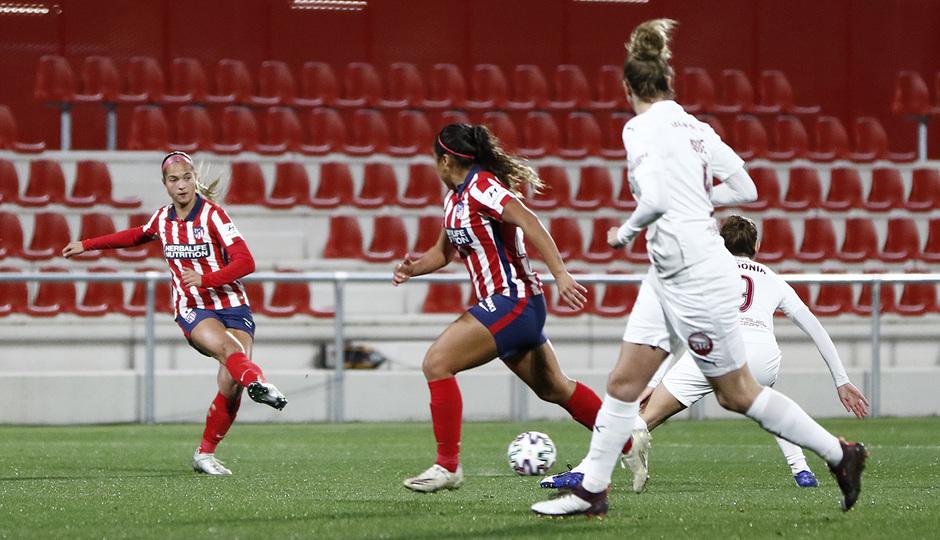 Temp. 2020/21 | Atlético Femenino-Servette | Deyna