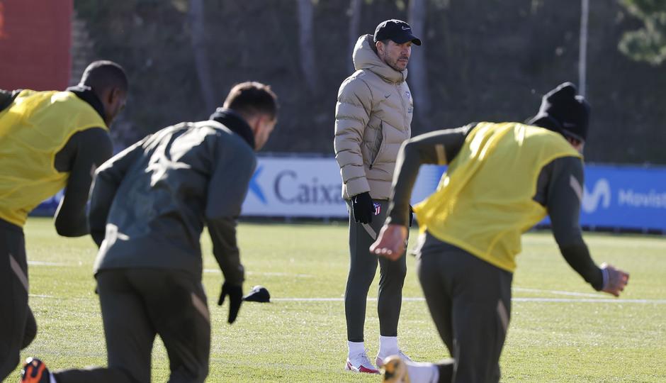 Temp. 20-21   Entrenamiento Atlético de Madrid   Simeone