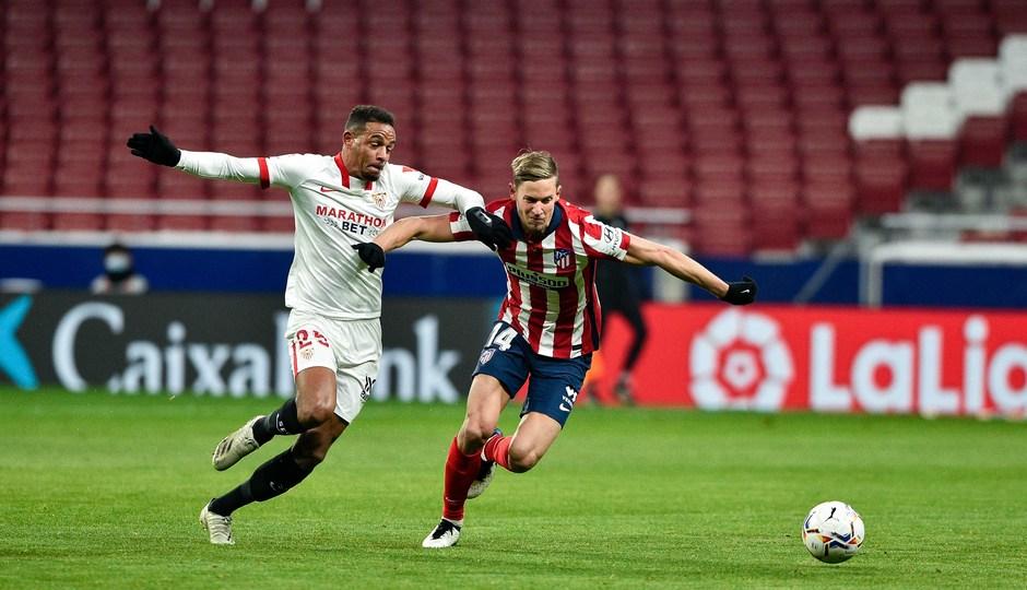 Temporada 20/21 | Atleti - Sevilla | Llorente