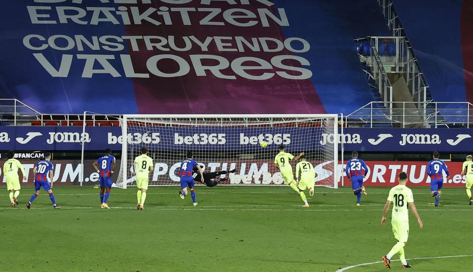 Temporada 20/21 | Eibar - Atleti | Luis Suárez