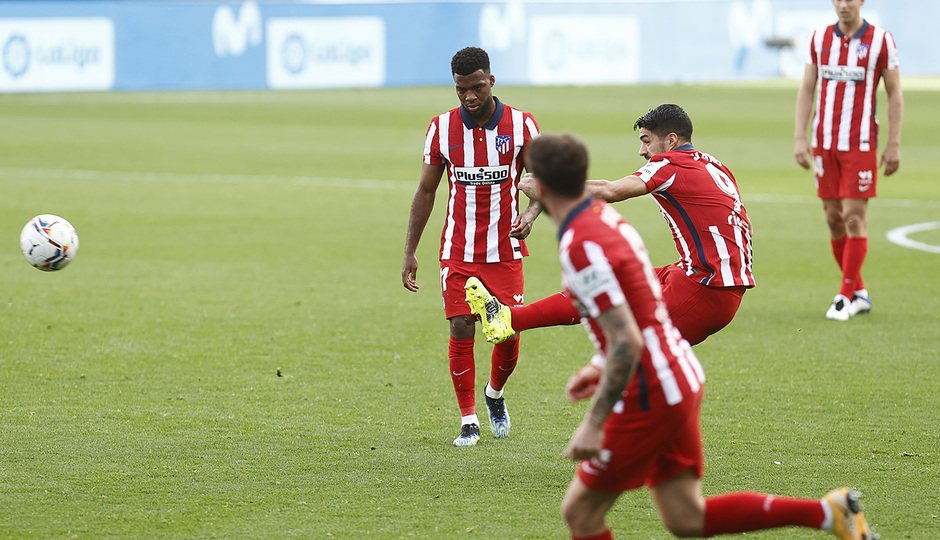 Temp. 20-21 | Cádiz - Atlético de Madrid | Suárez falta