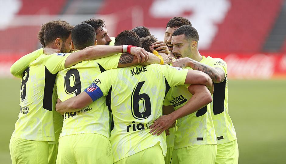 Temp. 20-21 | Granada - Atleti | Piña celebración