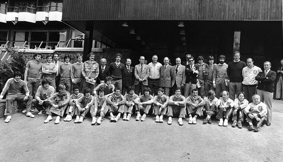 Temporada 13/14. Leyendas Rojiblancas. Kike Ramos foto de grupo
