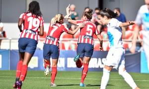 Van Dongen y Knaak celebran el gol de la holandesa