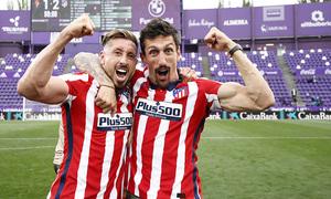 Temp. 20-21   Valladolid-Atleti   Celebración Savic y Herrera