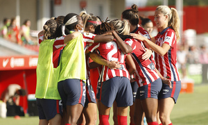 Temp. 20-21   Atlético de Madrid Femenino - FC Barcelona   Deyna Celebración