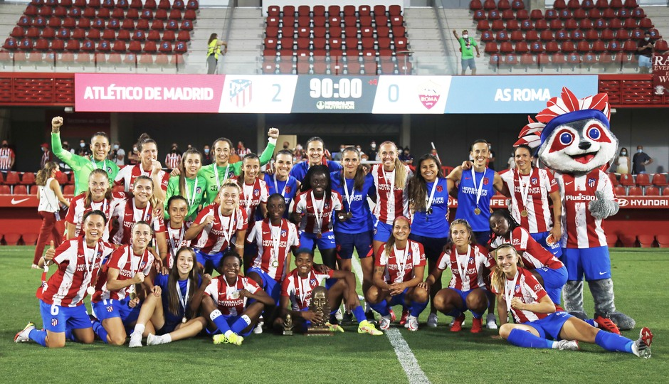 Temp. 21-22 | Atlético de Madrid Femenino - AS Roma | Celebración trofeo
