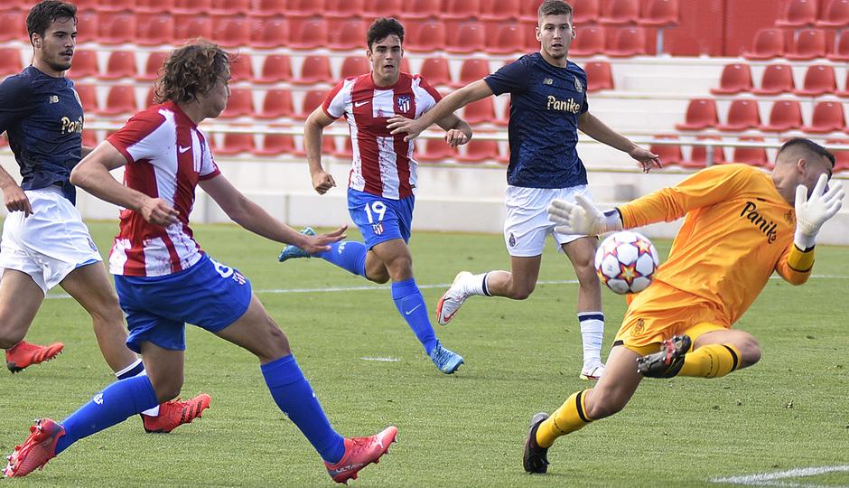 Temporada 2021/22 | Atlético de Madrid Juvenil A - Porto | Youth League | Javi Serrano