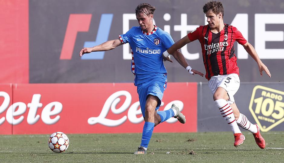 Temporada 2021/22 | Youth League | AC Milan - Atleti | Díez