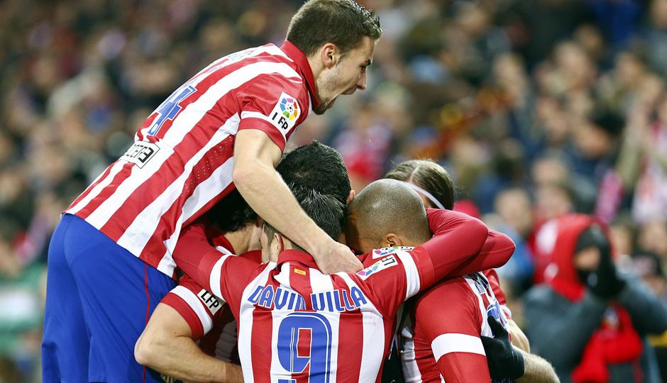 temporada 13/14. Partido Atlético de Madrid- Levante. Piña
