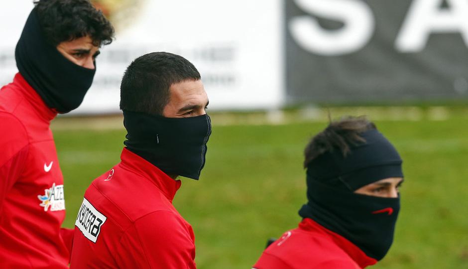 temporada 13/14. Entrenamiento en la Ciudad deportiva de Majadahonda. Diego Costa Arda y Villa durante el entrenamiento