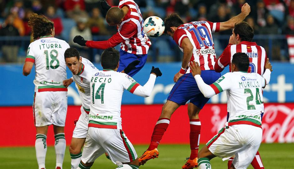 temporada 13/14. Partido Atlético de Madrid-Sevilla. Gol de Costa