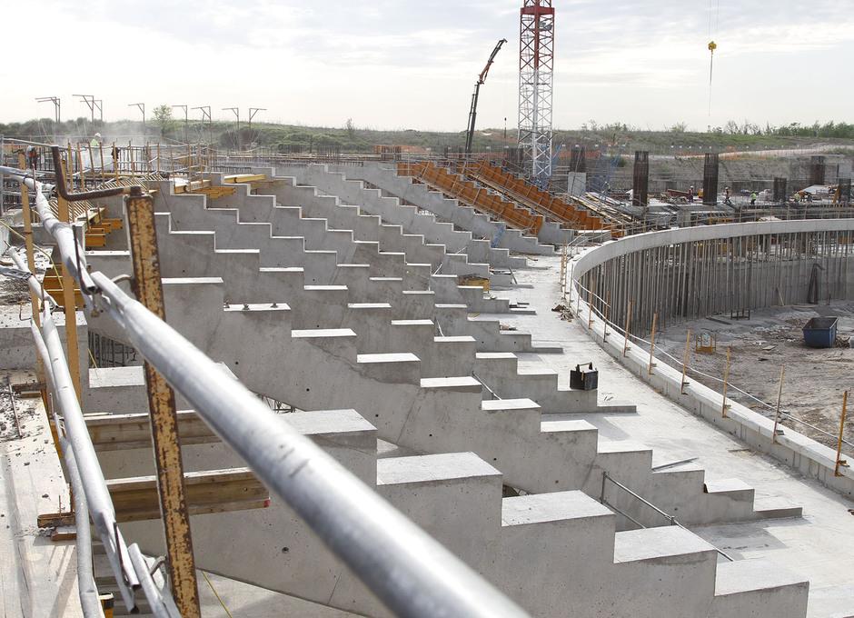 Obras Nuevo Estadio Abril 2014