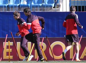 UEFA Europa League 2012-13. El Atlético se entrena en el Vicente Calderón antes del partido contra el Rubin Kazan