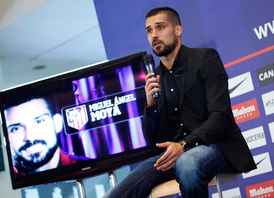 Temporada 14-15. Presentación Miguel Ángel Moyá. Foto: Alexander Marín