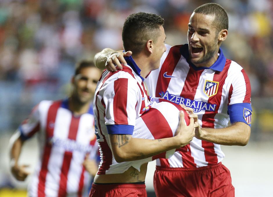 Pretemporada 2014-15. Atlético de Madrid - Sampdoria. Trofeo Ramón de Carranza. Mario Suárez celebrando el primer gol.