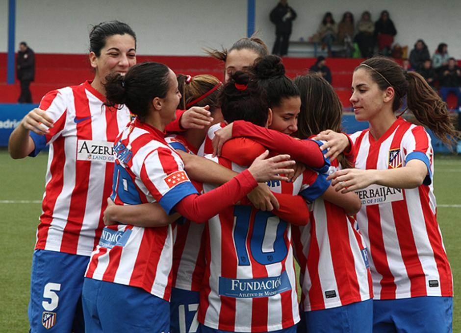 Temporada 2012-2013. El equipo celebra el un gol ante el SD Lagunak