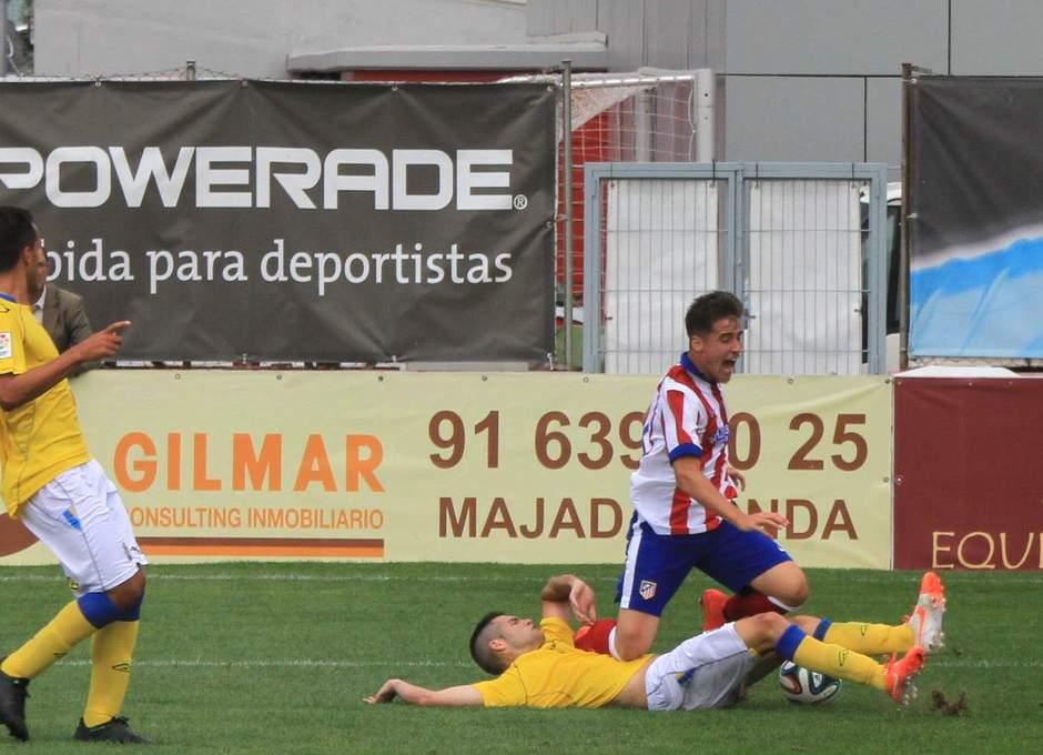 Aquino fue objeto de penalti que no fue señalado por el árbitro ante Las Palmas Atlético