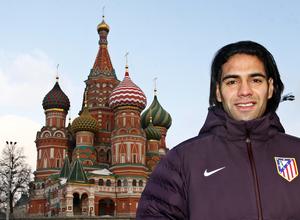 UEFA Europa League 2012-13. Falcao posa ante la catedral de San Basilio en Moscú