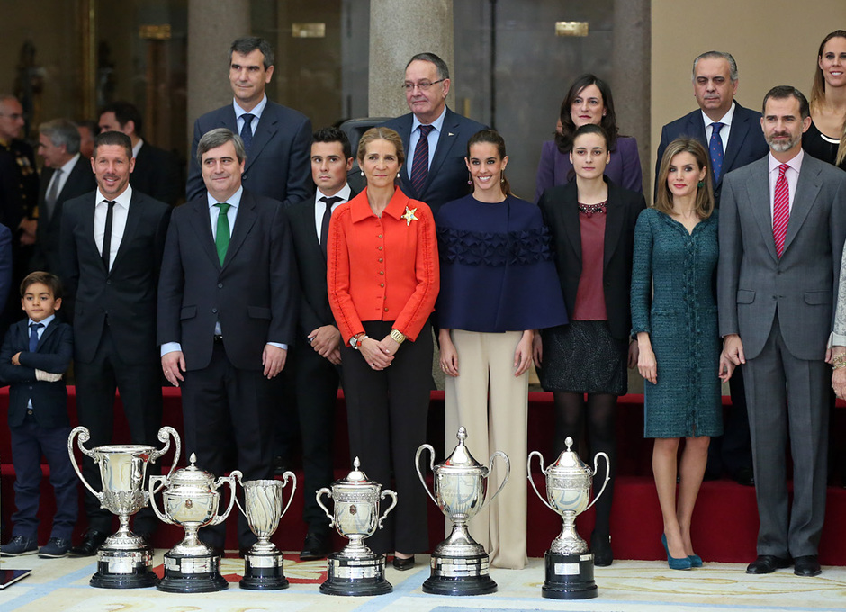 Temporada 14-15. Entrega premios Nacionales del Deporte. Foto de familia
