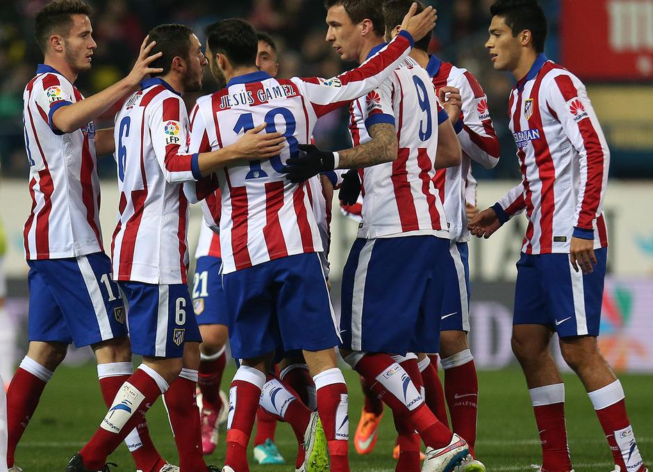 Temporada 14-15. 1/16 Copa del Rey. Atlético de Madrid-L'Hospitalet. Los jugadores celebran el primer gol.