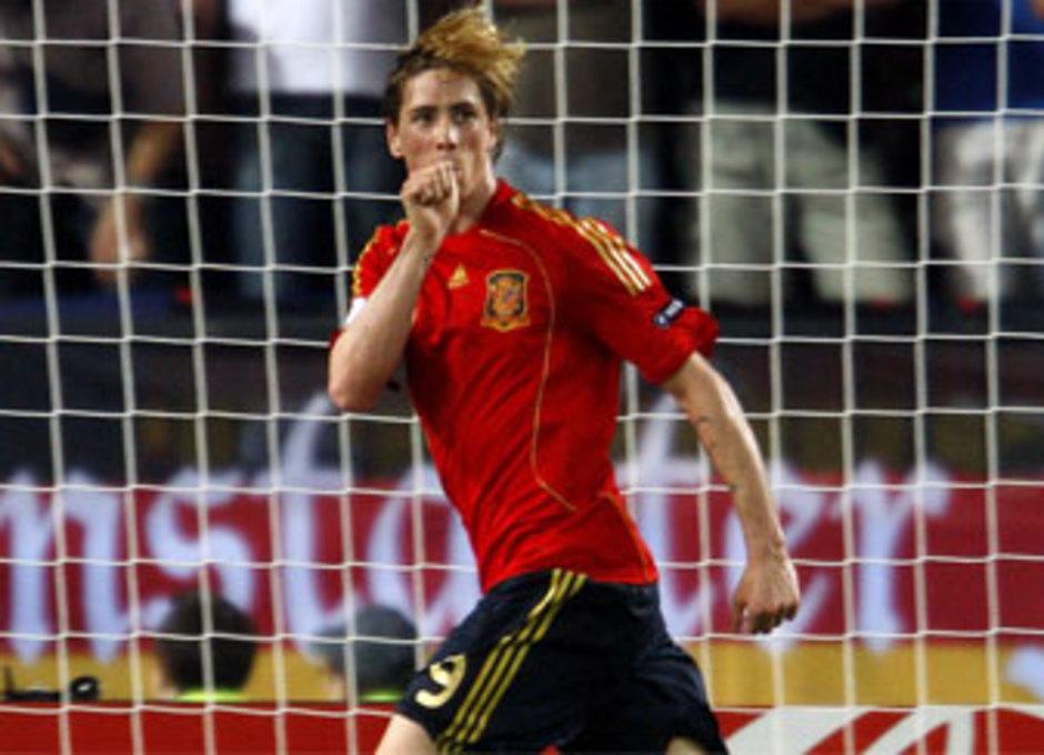 Fernando Torres celebra su gol ante Alemania que nos dio la Eurocopa
