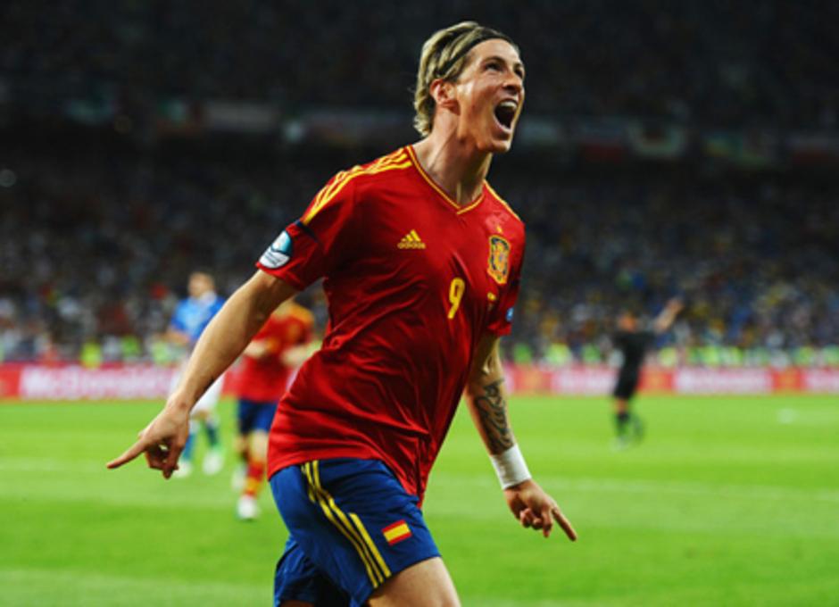 Fernando Torres celebra su gol en la final de la Eurocopa 2012 ante Italia