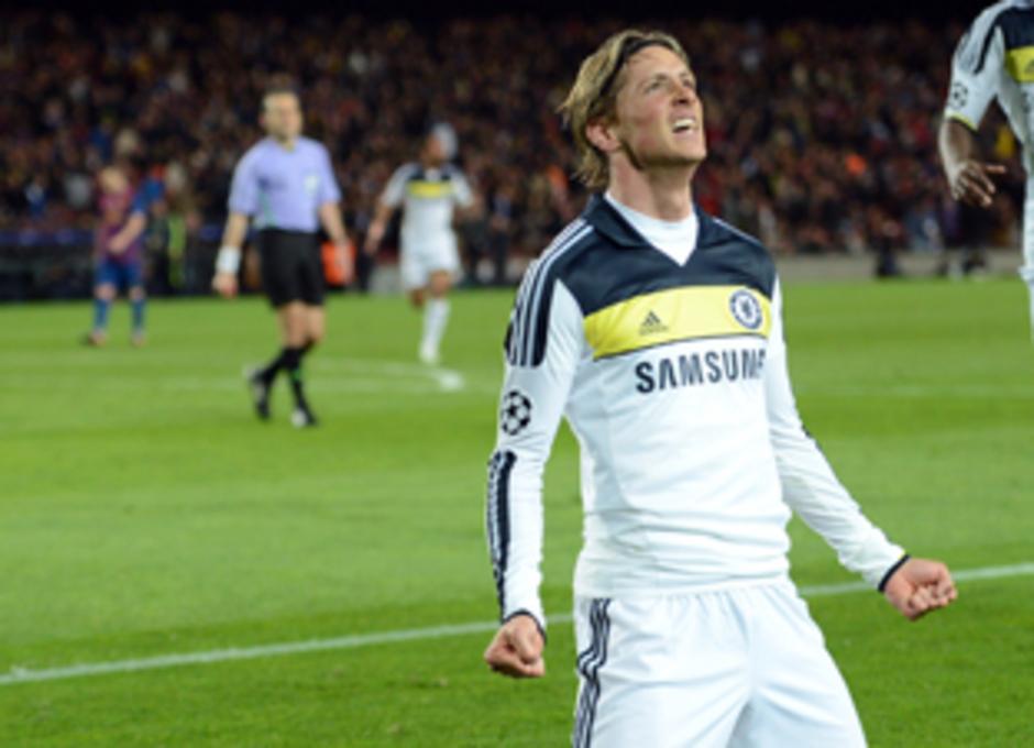 Fernando Torres celebra el gol que decidió las semifinales de la Champions 2012 ante el Barcelona