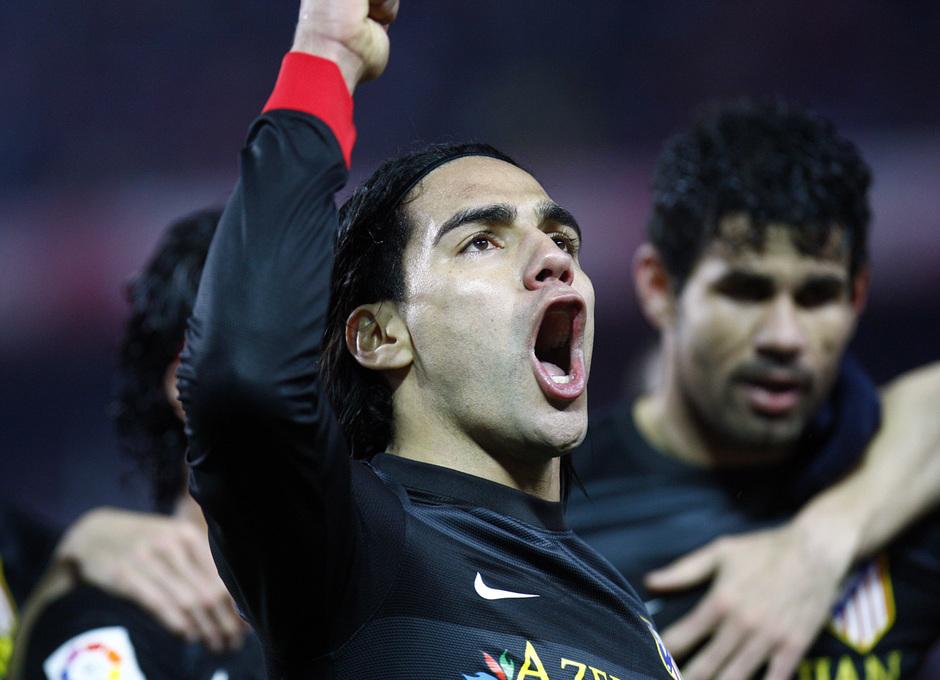 Falcao celebra el gol en Sevilla en Copa