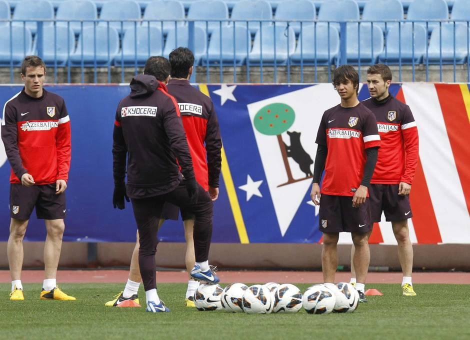 Entrenamiento en el Vicente Calderón el lunes 4 de marzo. Temporada 12/13