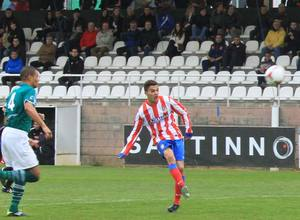 Omar anotó el primer gol del Atlético B al Coruxo (3-0)