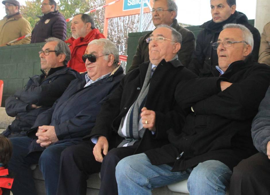 Vicente Temprado, presidente de la Federación de Fútbol de Madrid, presenció el partido Atlético B-Coruxo