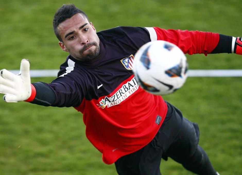 Sergio Asenjo en un momento del entrenamiento vespertino del miércoles 20 de marzo