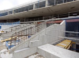 Nuevo estadio. Construcción bocanas de acceso a salas VIP en grada media oeste