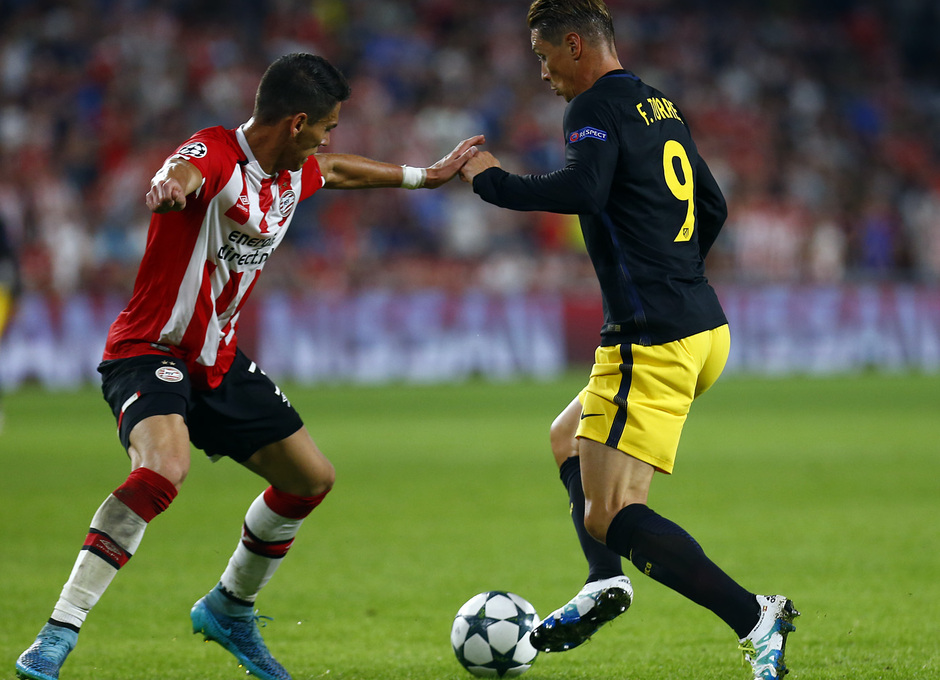 Temp. 16/17 | PSV - Atlético de Madrid | Fernando Torres