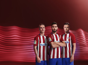 Primera equipación del Atlético de Madrid de la temporada 2016/17